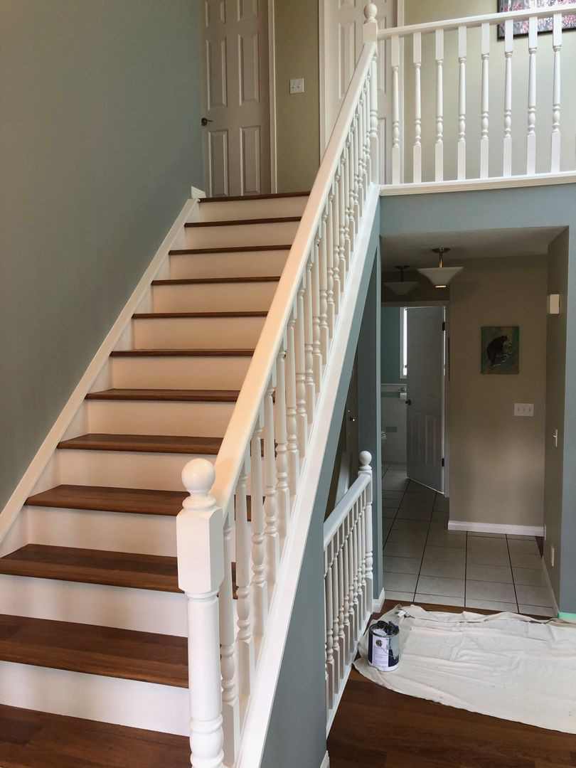 45 HQ Images Black Banister White Spindles : Painting ...
